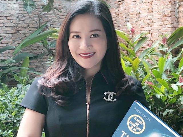 Vợ Bình Minh chia sẻ với chị em về bí kíp Thay cách mặc, đổi cuộc đời