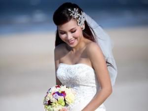 Thực hư chuyện Khánh Ngọc lên xe hoa lần hai sau 4 năm ly hôn