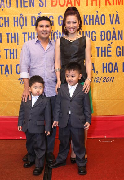 thu huong len tieng viec ung cu dai su du lich - 4