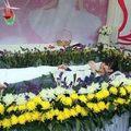 Tin tức - TQ: Nữ sinh tự tổ chức tang lễ cho chính mình