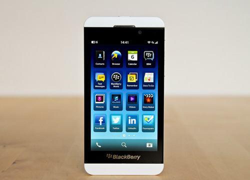 7 smartphone loi kep 'xin' nhat hien nay - 3