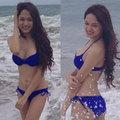 Làng sao - Hương Giang Idol nóng bỏng trên bãi biển