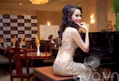 diem huong khoe duong cong sau tin don ket hon - 3
