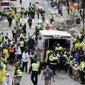 Nổ lớn gần vạch đích cuộc thi marathon tại Boston