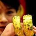 Mua sắm - Giá cả - Giá vàng vẫn tăng trong phiên cuối tuần