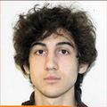 """Cha của 2 nghi phạm đánh bom: """"Mật vụ bẫy con tôi"""""""