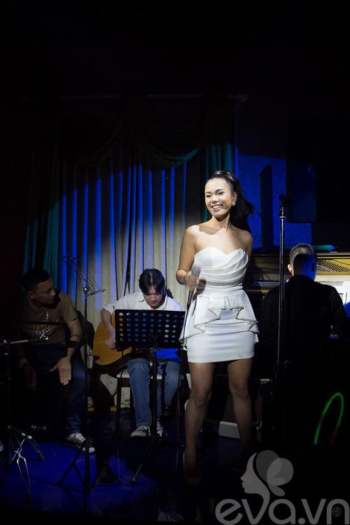 phuong vy thang hoa cung acoustic - 2