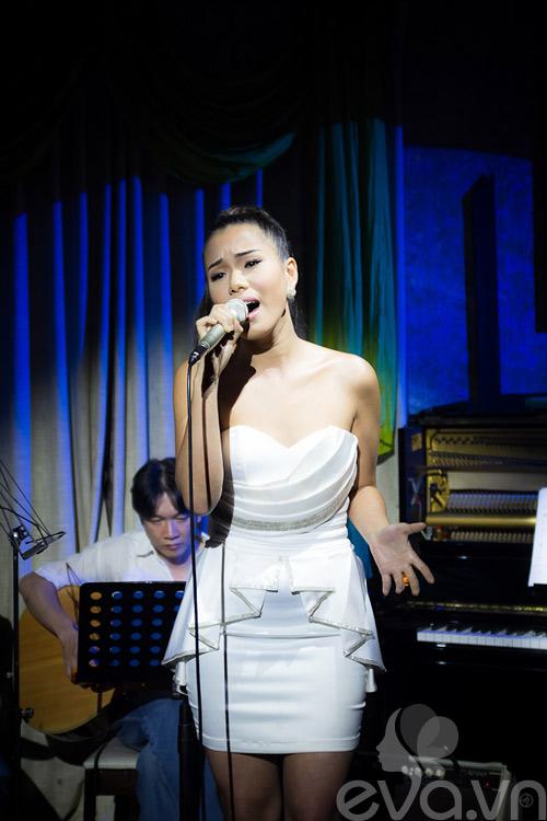 phuong vy thang hoa cung acoustic - 3
