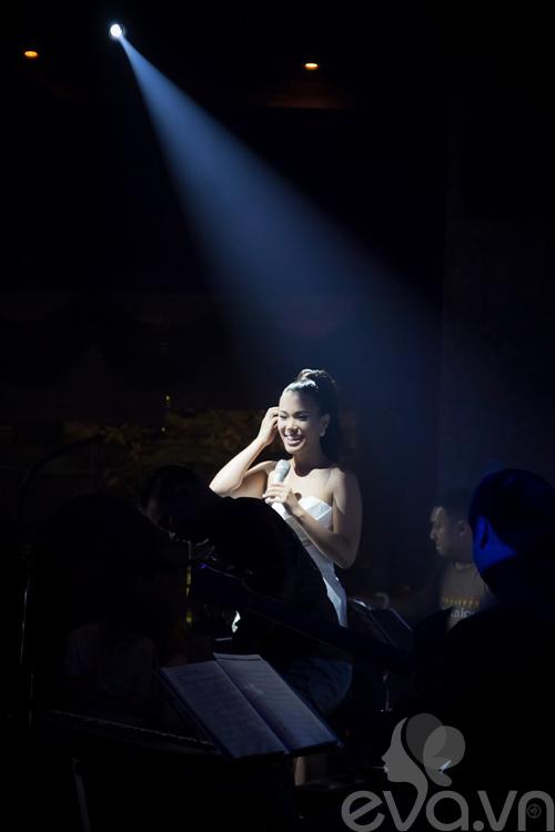 phuong vy thang hoa cung acoustic - 8