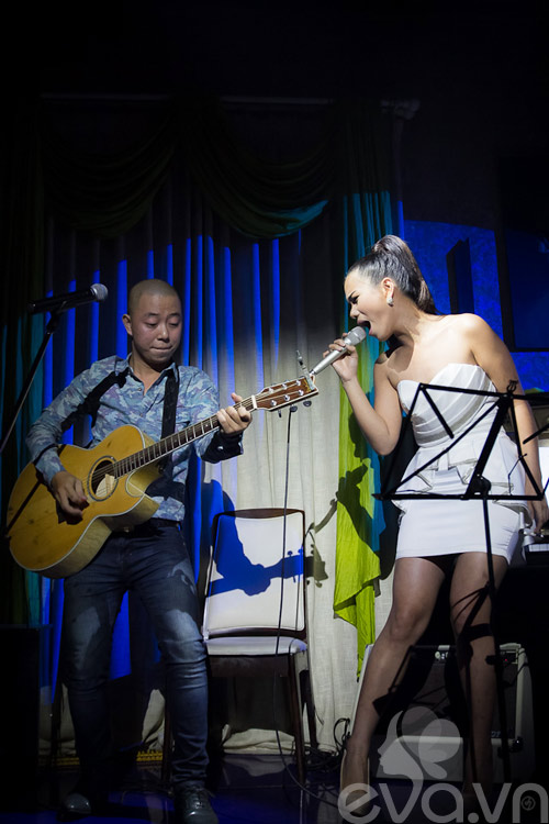 phuong vy thang hoa cung acoustic - 10