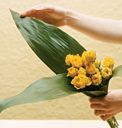 """30/4: cam hoa dep cho chong """"lac mat"""" - 2"""