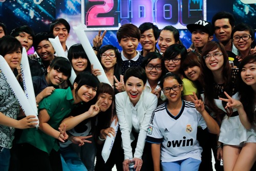"tra my idol dien ao tu than van ""chuan men"" - 16"