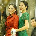Làng sao - Hà Tăng thân thiết bên mẹ chồng tại sự kiện