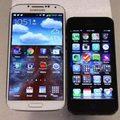 iPhone 5 đọ màn hình cùng Galaxy S4