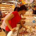 Mua sắm - Giá cả - Dân giảm ăn tiêu, doanh nghiệp liêu xiêu