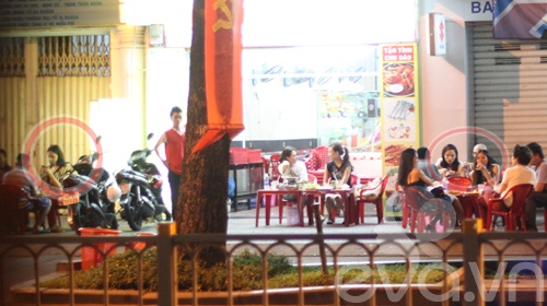 "mai phuong thuy ""hen ho"" thanh hang an khuya - 7"