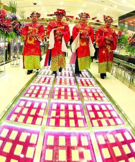 choi ngong, dai gia trai 300kg vang lam tham - 1