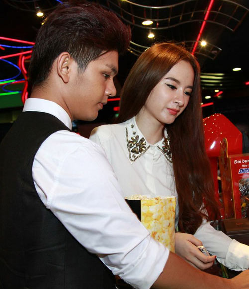 angela phuong trinh di xem phim cung trai dep - 3