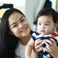 Làng sao - Con gái Phạm Quỳnh Anh xinh hơn mẹ