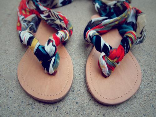Eva khéo tay: Biến hóa giày xinh cùng vải vụn - 15