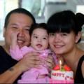 Làm mẹ - Nhạc sĩ Quang Huy: Tôi thích cho con ăn!