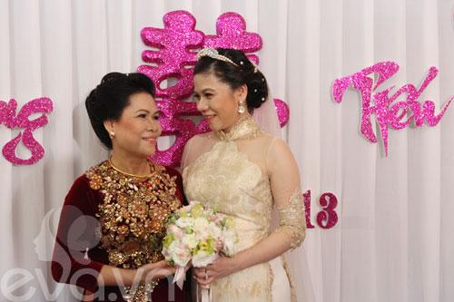 'hoa nang' tien my dung ve nha chong - 4