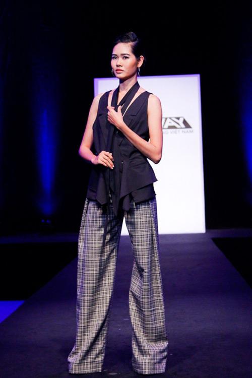 project runway: maya gay 'kho khan' cho thi sinh - 16