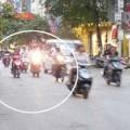 Tin tức - Bắt xe vi phạm, CSGT bị tông gãy chân