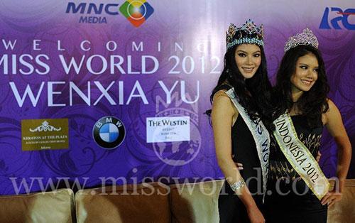 miss world 2013 bi de doa bieu tinh - 3