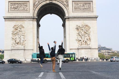 Top 3 Project Runway thăm thú Paris-1