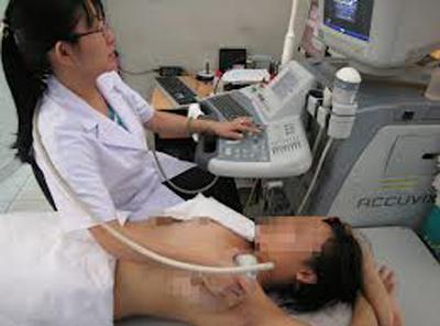 Bỗng hóa tay voi sau điều trị ung thư vú-1
