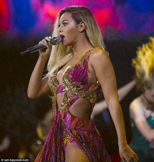 Beyonce bị 'gọt tẩy' thân hình đồng hồ cát-3