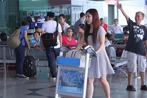 Hà Hồ thân mật cùng Mr Đàm, Dương Triệu Vũ - 7