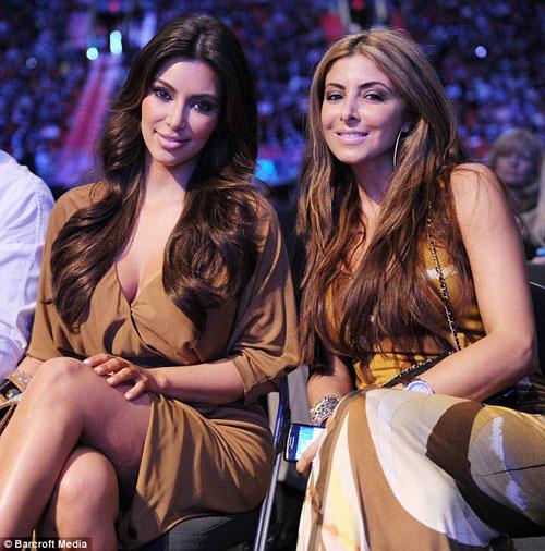 kim kardashian ban loan dat ten cho con gai - 2