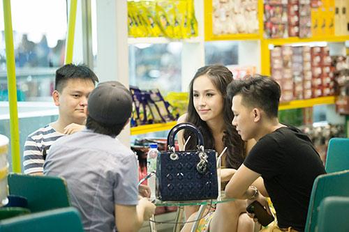 mai phuong thuy len duong du paris fashion week - 5
