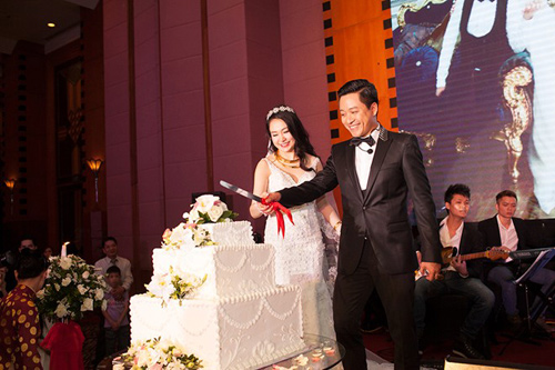 tuan hung hat tang vo trong le cuoi - 6