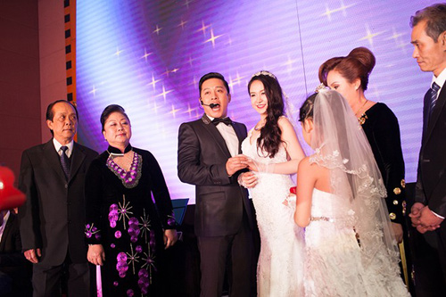 tuan hung hat tang vo trong le cuoi - 3