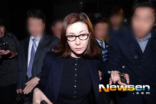 sung hyun ah nghen ngao sau phien xu ban dam - 5