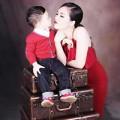 Làng sao - Thụy Vân hạnh phúc bên con trai đáng yêu