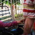 Tin tức - Cả làng đòi xử mẹ kế: Bố cháu bé phủ nhận sự việc
