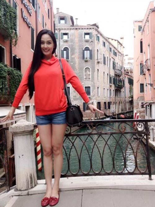that vong vi street style cua mai phuong thuy - 10