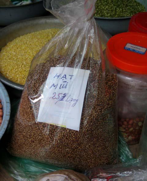 Giá hạt mùi tăng gấp 3 lần vì bệnh sởi - 1