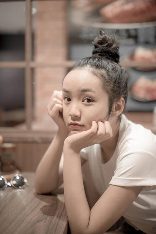 8 hot girl Việt luôn tự tin để mặt mộc - 12