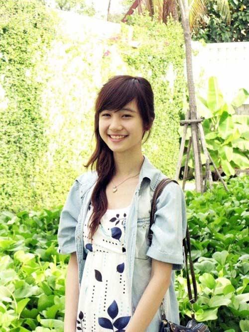 8 hot girl Việt luôn tự tin để mặt mộc - 1