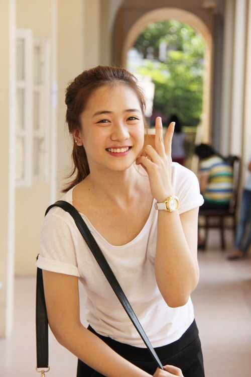 8 hot girl Việt luôn tự tin để mặt mộc - 3