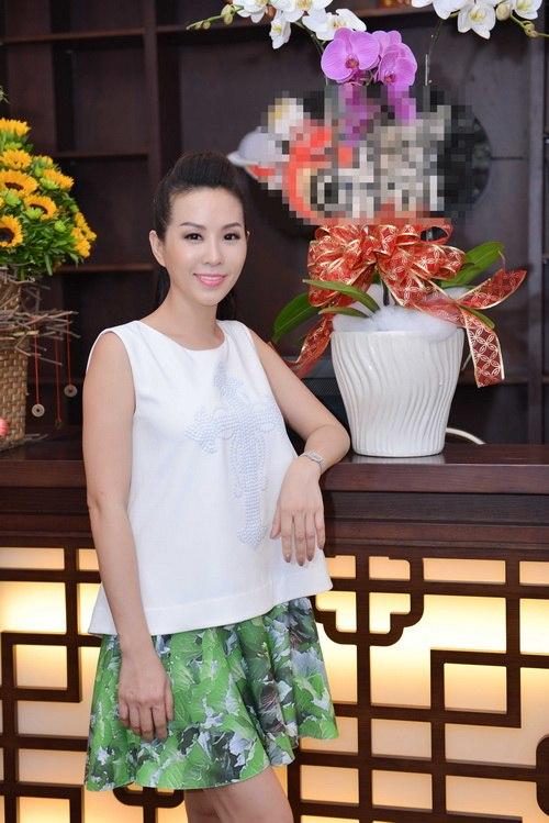 Hoa hậu Thu Hoài đẹp bất chấp tuổi 37-10