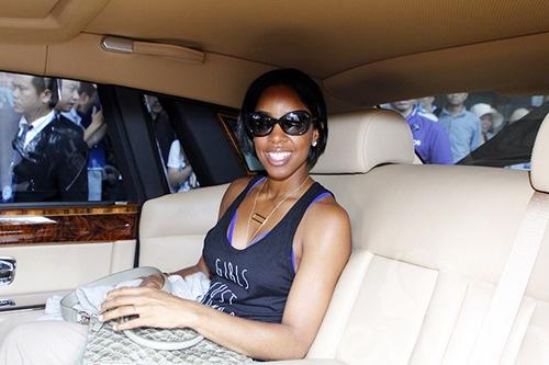 Em chồng Hà Tăng bảnh bao đón Kelly Rowland-11