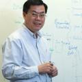 Tin tức - Giáo sư Nguyễn Văn Tuấn: Bộ Y tế lúng túng chống dịch