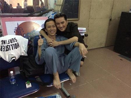 Hoa hậu Diễm Hương say xỉn khi đi nhậu-3