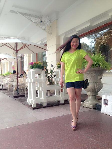 Hoa hậu Diễm Hương say xỉn khi đi nhậu-8